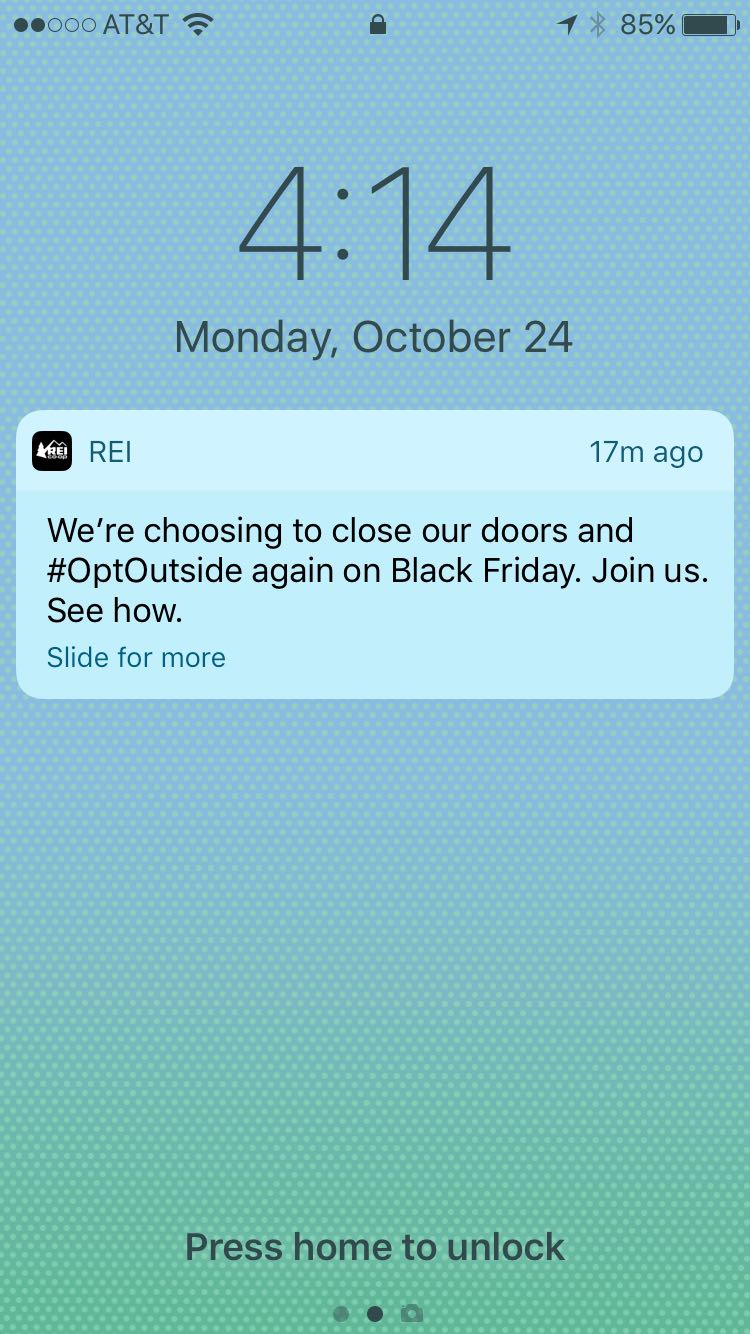 rei-app-push-notification-lockscreen-optoutside-campaign
